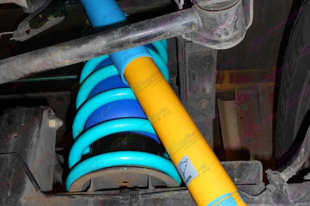 Bilstein shock absorber, Dobinson coils and Airbag Man airbags fitted to GU Patrol